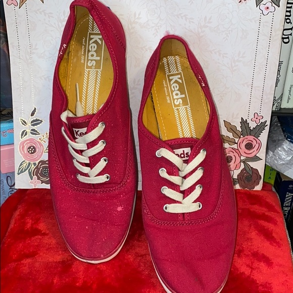 KEDS Raspberry Colored Tennis Shoe